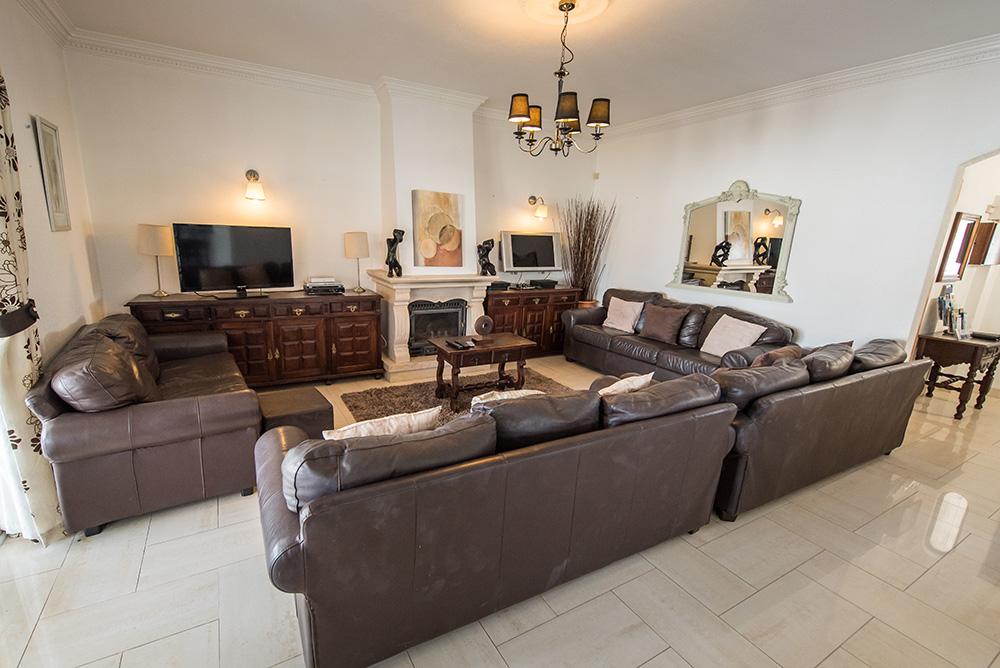 Sereia-Holidays-Inside-our-Villa-(28)